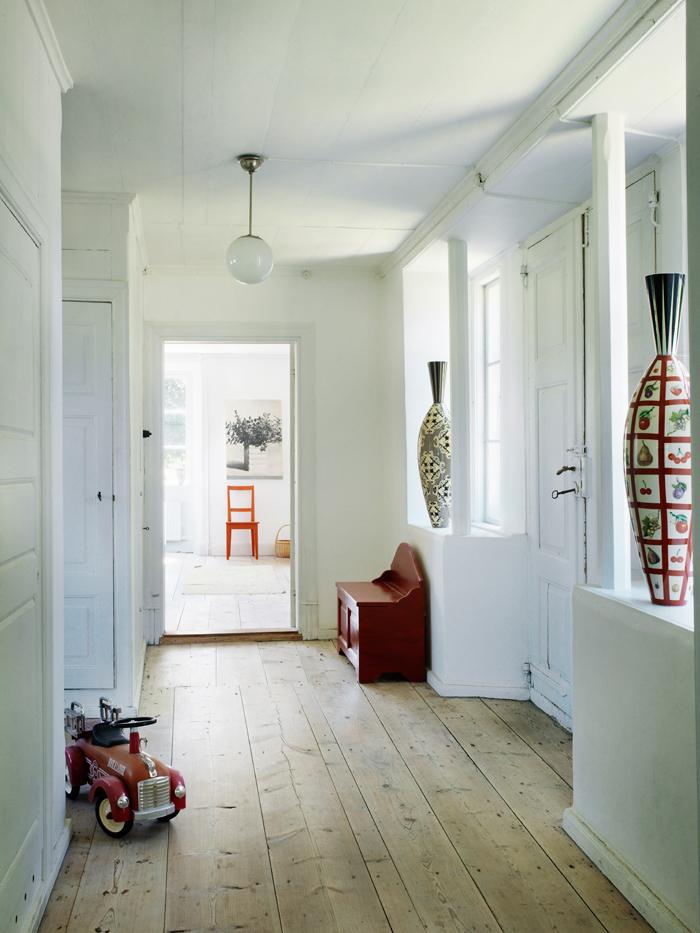 Foyer Hallway Xiii : Gotlandsliv hall elle decoration
