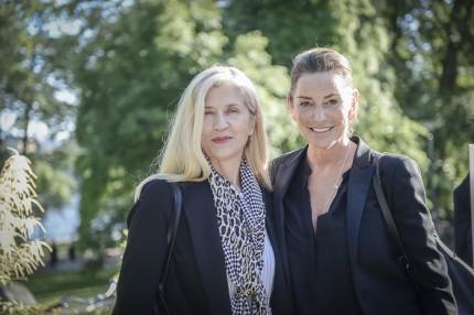 H.K.H. Kronprinsessan Victorias stylist och kammarjungfru Tina Törnquist med Sussie Lidbeck, grundare av P1 Production.