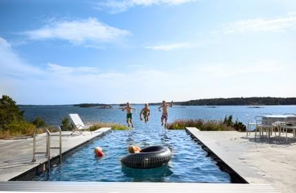 infinity-pool-skärgården-foto-magnus-anesund