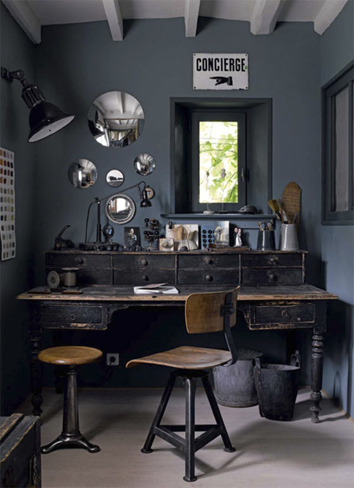 700_charcoal-gray-office-walls