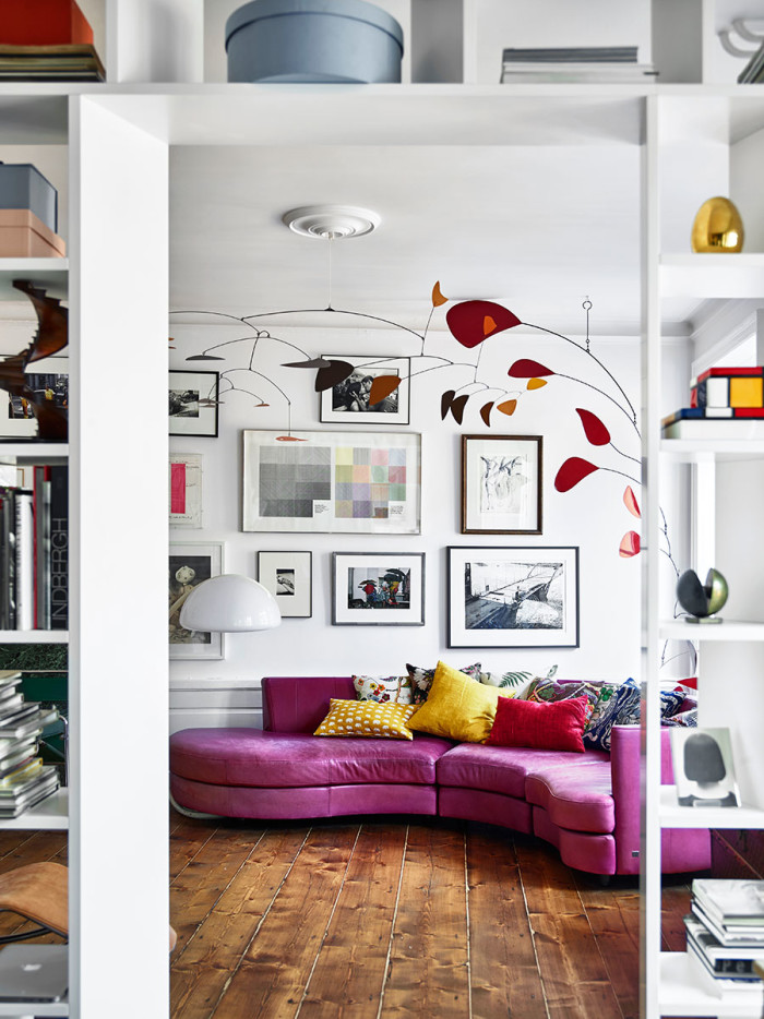 vardagsrum_tavelvagg_soffa_livingroom_art_wall_sofa_Foto_Andrea_Papini