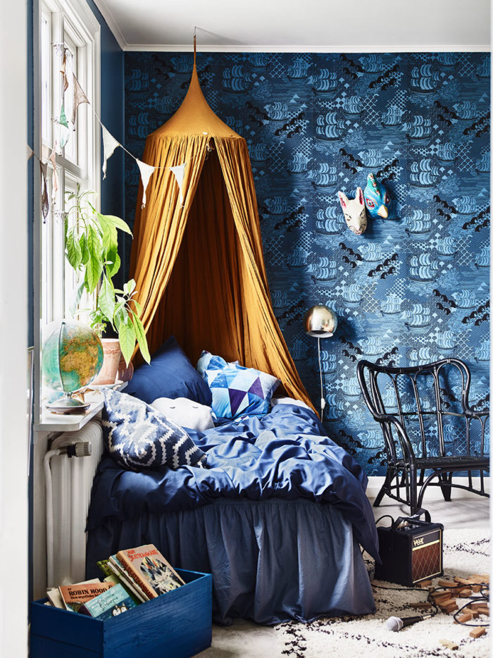 krickelin_barnrum_childrens_room_blue_tapet_wallpaper_Foto_Andrea_Papini