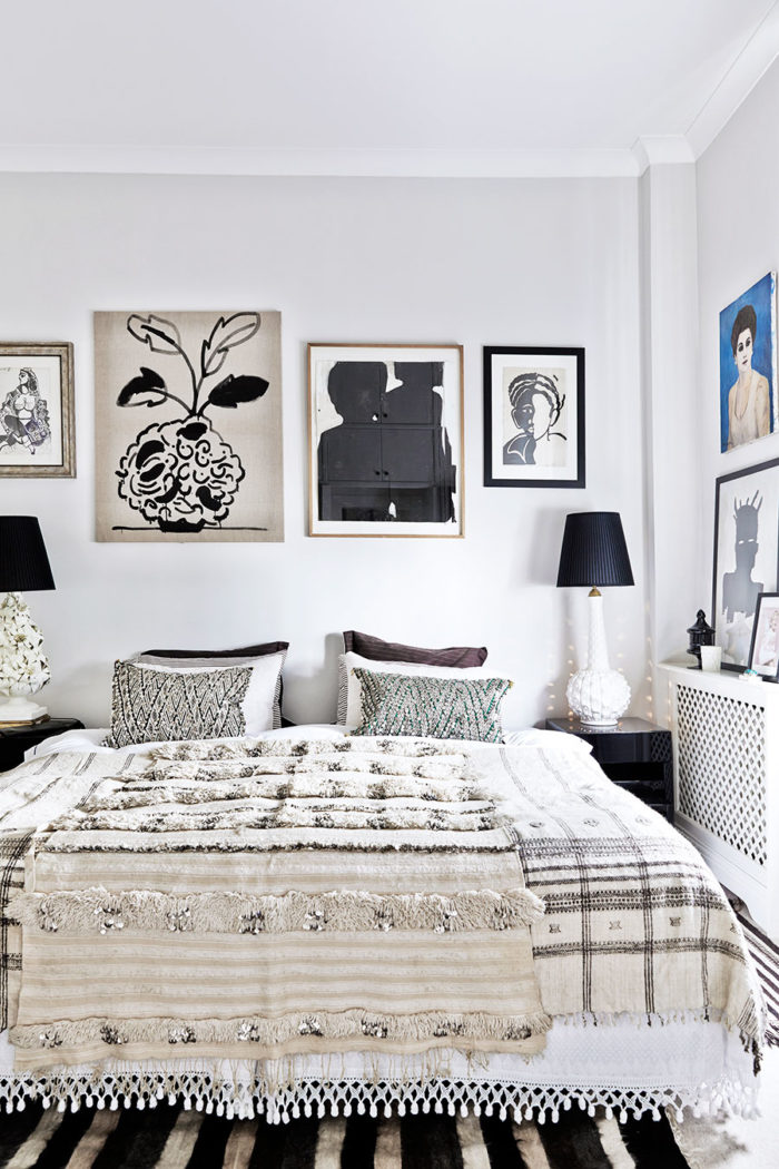 Bohemisk lyx hemma hos malene birger elle decoration for Black n white bedroom