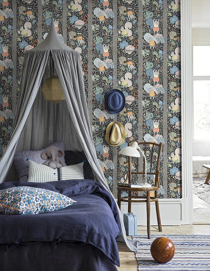 Sänghimmel i barnrummet. Foto: Borås tapeter