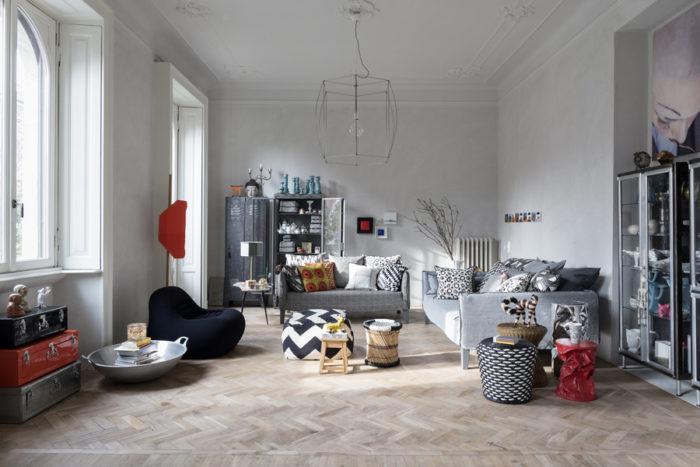 varagsrum med två soffor och vackra detaljer
