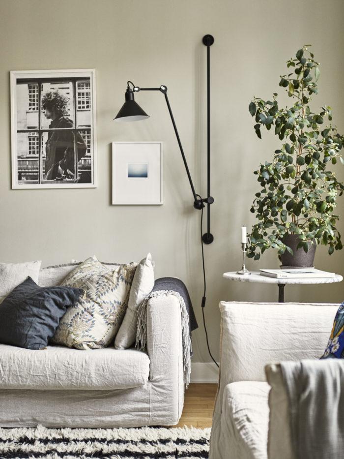 soffa hos johanna bradford