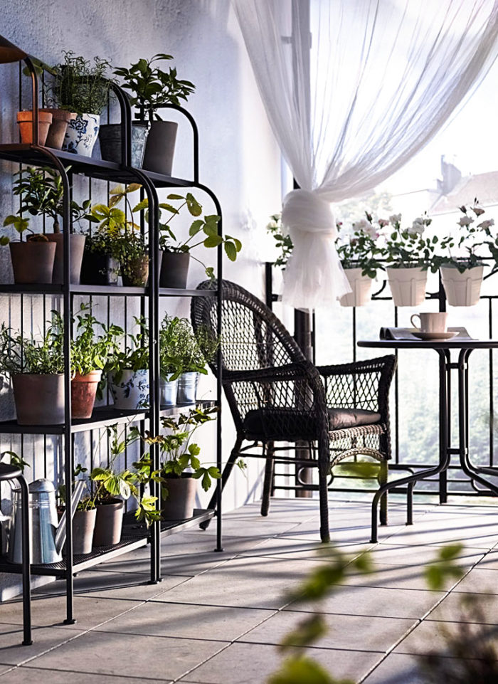 Scandinavian balcony decor and ideas.