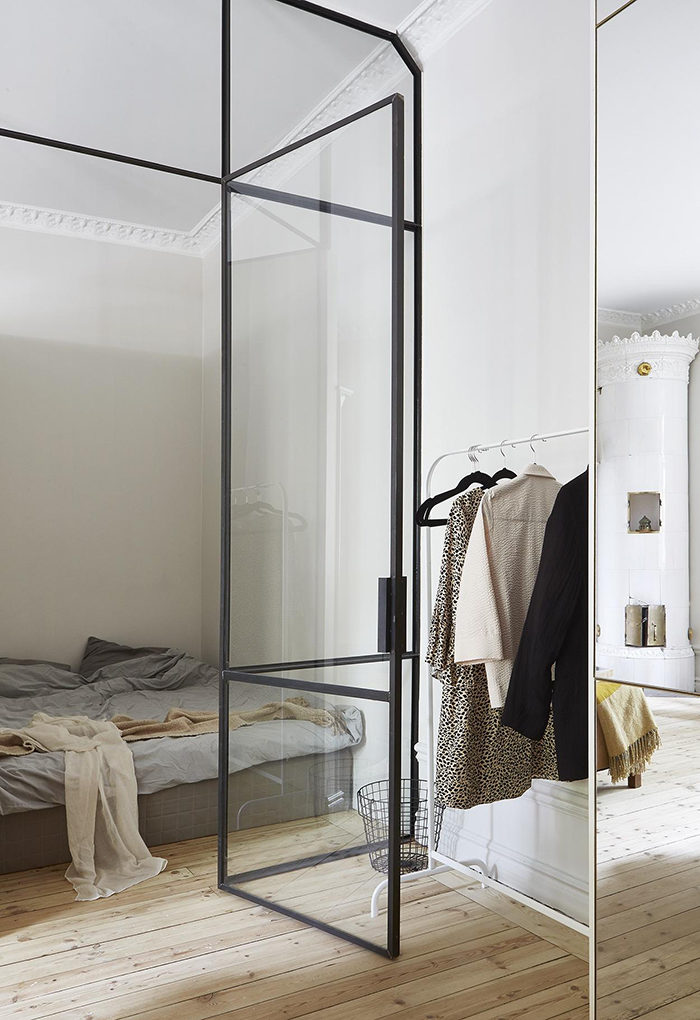 Glasväggar är ett bra val för compact living