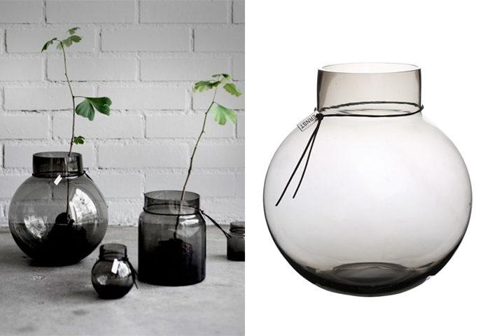Rund vas i rökgrå ton från Ernst
