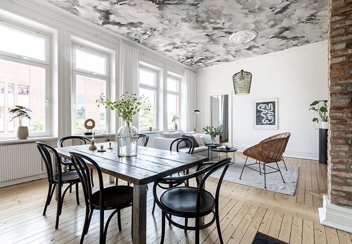 El techo tapizado con diseño da un efecto sorprendente