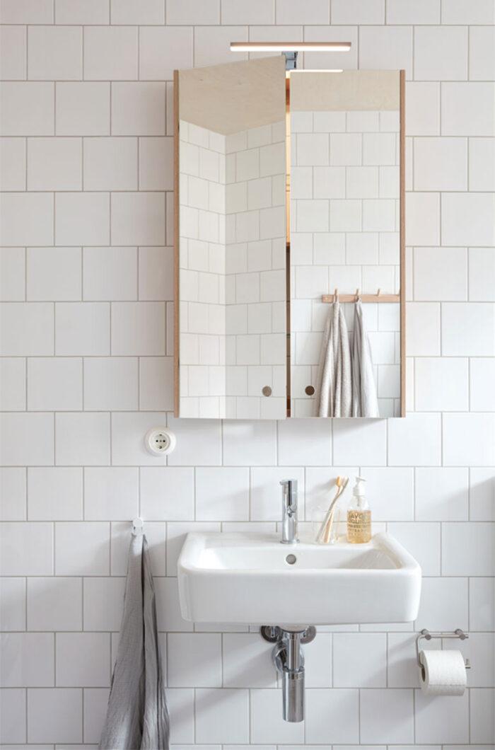 Sa Far Du Ett Litet Badrum Att Kannas Storre 7 Compact Living Tips Elle Decoration