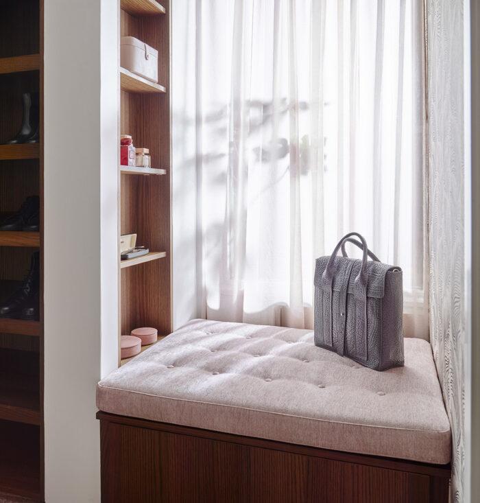 Inspireras av lyxiga walk in closet-lösningar när du inreder sommarstugan