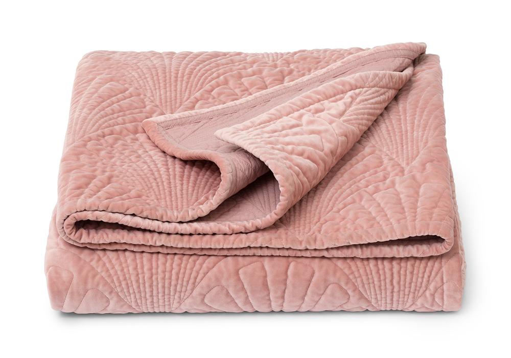 Zelda överkast i rosa från Åhléns