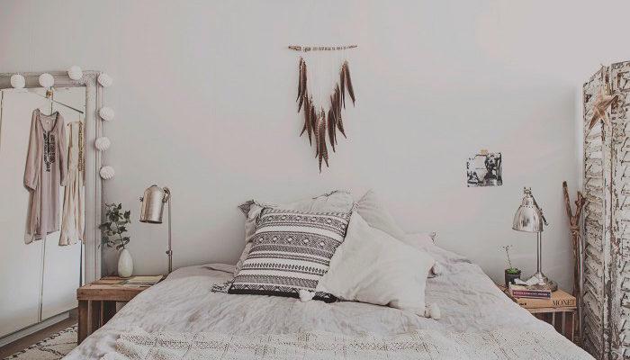 Titta in i Anna Malmbergs harmoniska sovrum!