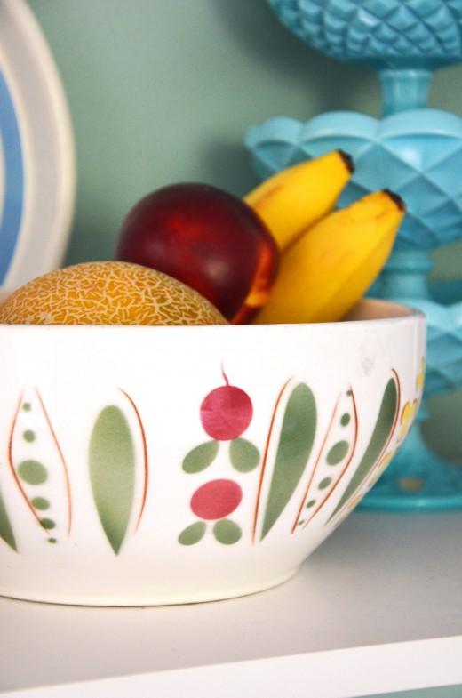 Skål. Grönsaker, Salladsskål, Rödbetor, Sockerärtor, Retro, Loppisfynd, Loppistan