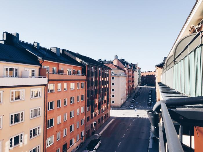 ... och Bondegatan till höger. Stockholm <3<3<3