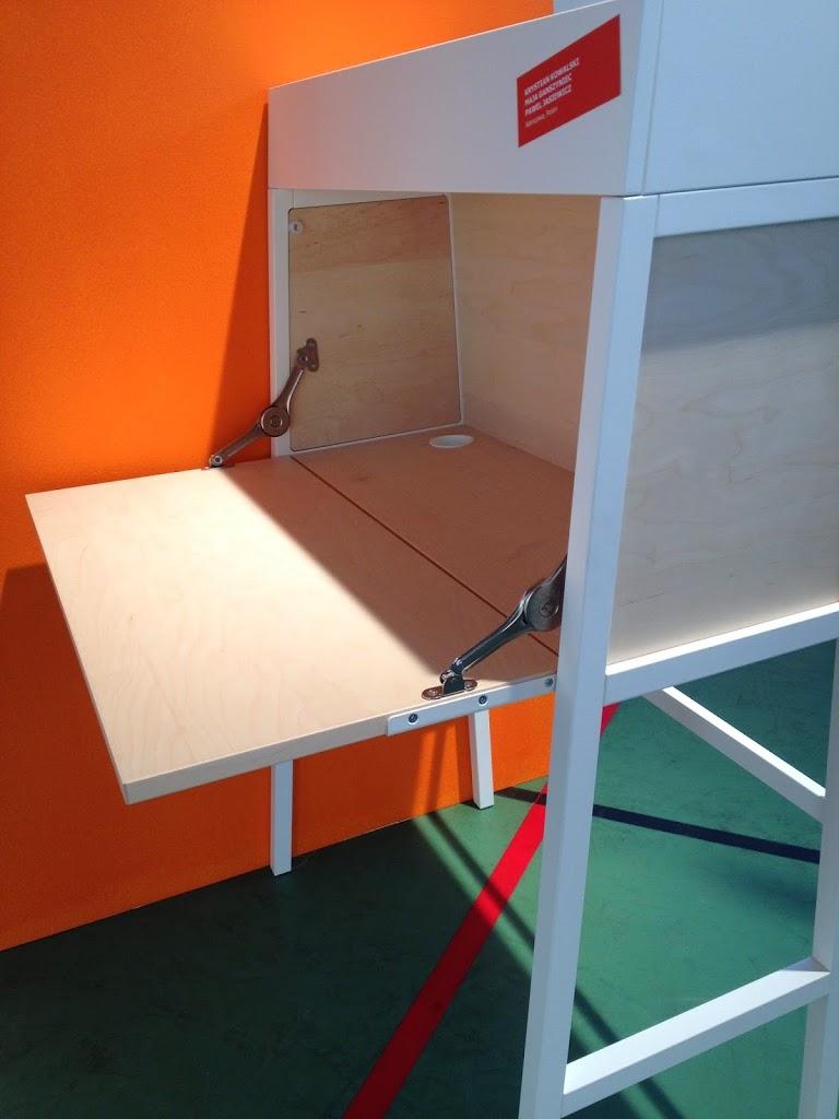 ikea ps on the move inred hemma. Black Bedroom Furniture Sets. Home Design Ideas