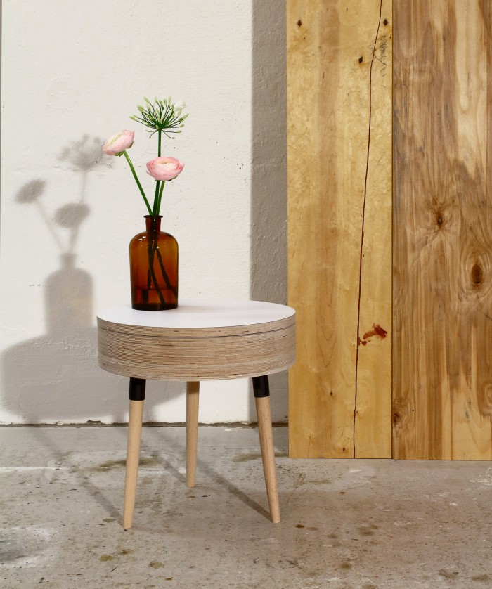 ply_bedside table