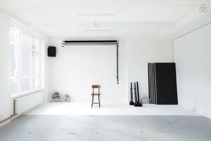 staying in a photo studio in berlin ems designblogg. Black Bedroom Furniture Sets. Home Design Ideas
