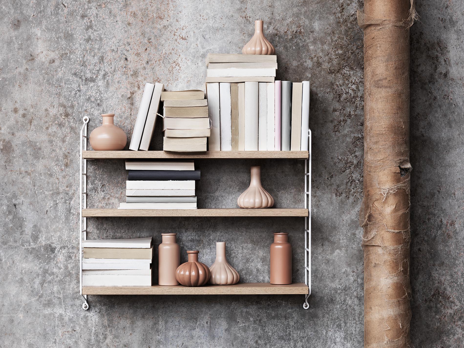 String_2016_Lotta_Agaton concrete bedroom shelf styling closeup