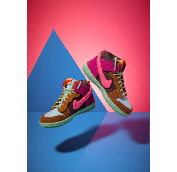 Knitted_nikes_jessicadance2_1600_c