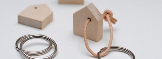 DIY keychain, via miniKUNST