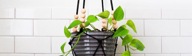 DIY Modern Macrame Hanging Planter, from Deuce Cities Henhouse