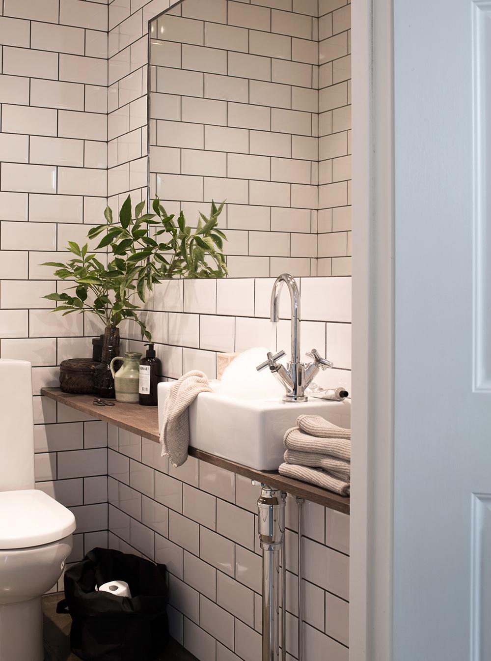 Daniella Witte_small toilette (kopia)
