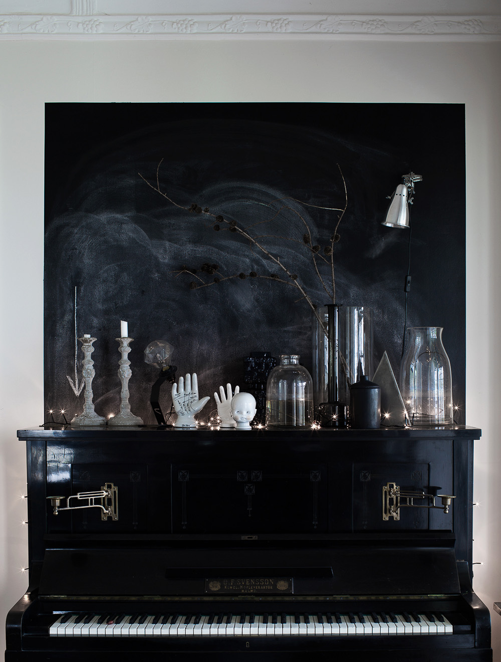 Loppisfynd_svart piano
