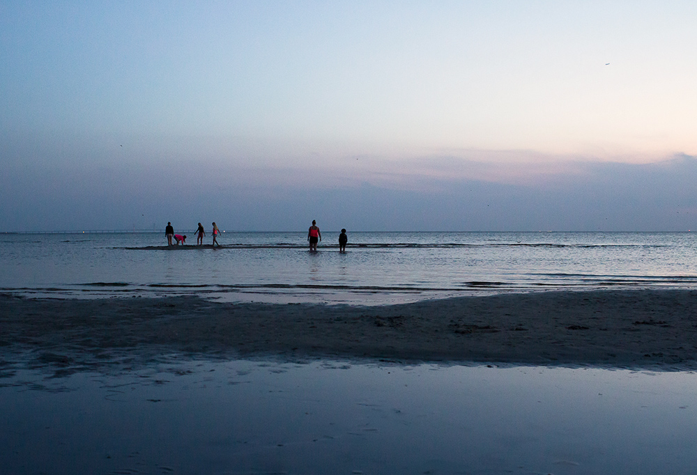sommarkvall pa stranden_havet