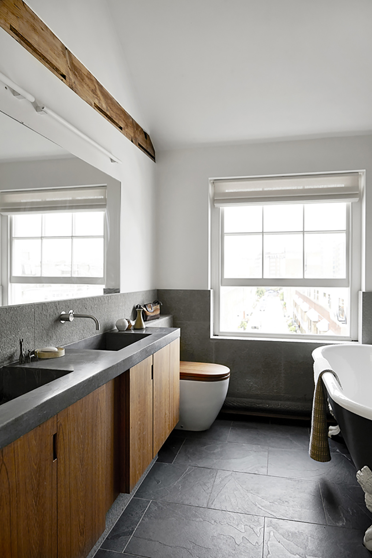 interior_London_benk_bad