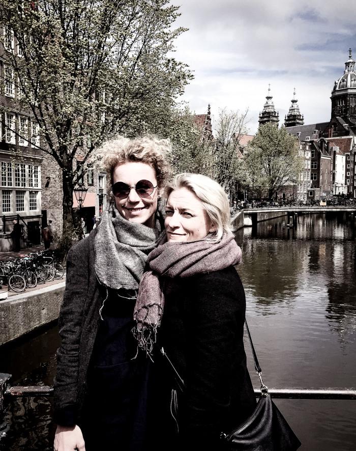 Amsterdam_tjejerna