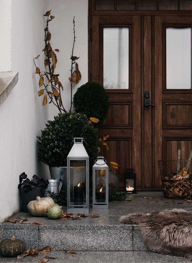 Daniella Witte_Novemberstamning på trappan_livet hemma
