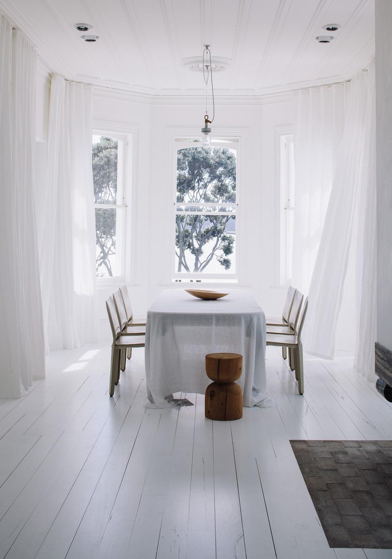 Fearonhay-Harbour_Edge_house_Bathroom_dining_area