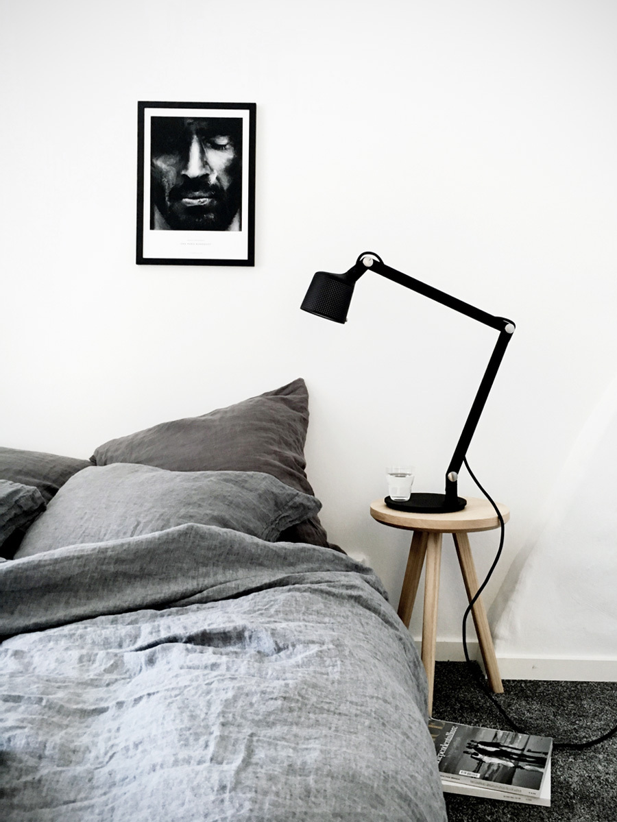 Stil_inspiration_bedroom_styling_dirtylinen_Vipp_melostudio