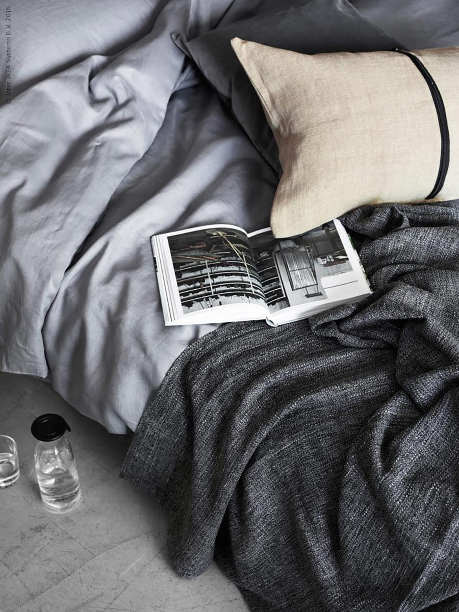 sunday in bed stilinspiration. Black Bedroom Furniture Sets. Home Design Ideas